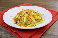 Салат из манго, моркови и сыра