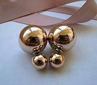 Золотистые серьги пусеты  Dior