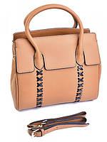 Вместительная дамская сумка из натуральной кожи