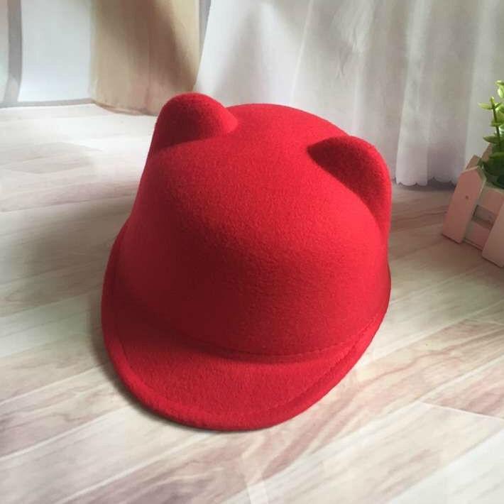 Шляпа женская фетровая жокейка Кошечка с ушками красная