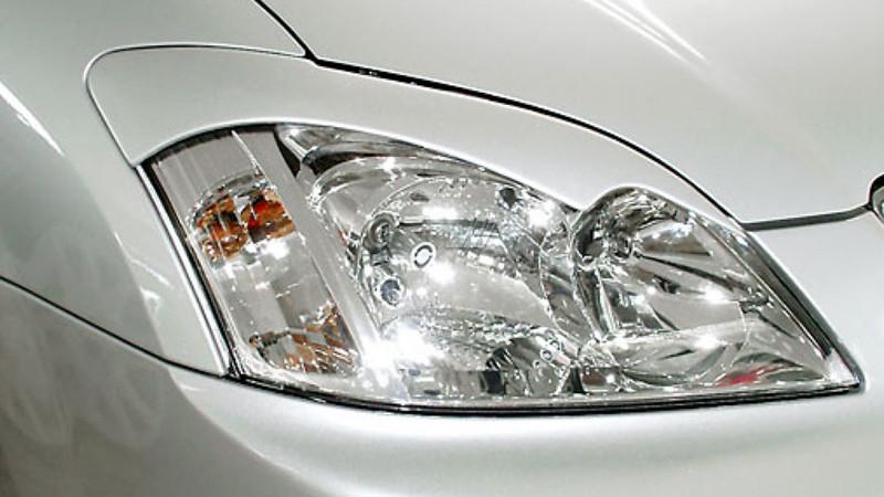 Реснички на фары Тойота Королла Е12 (2001-2006) /комплект