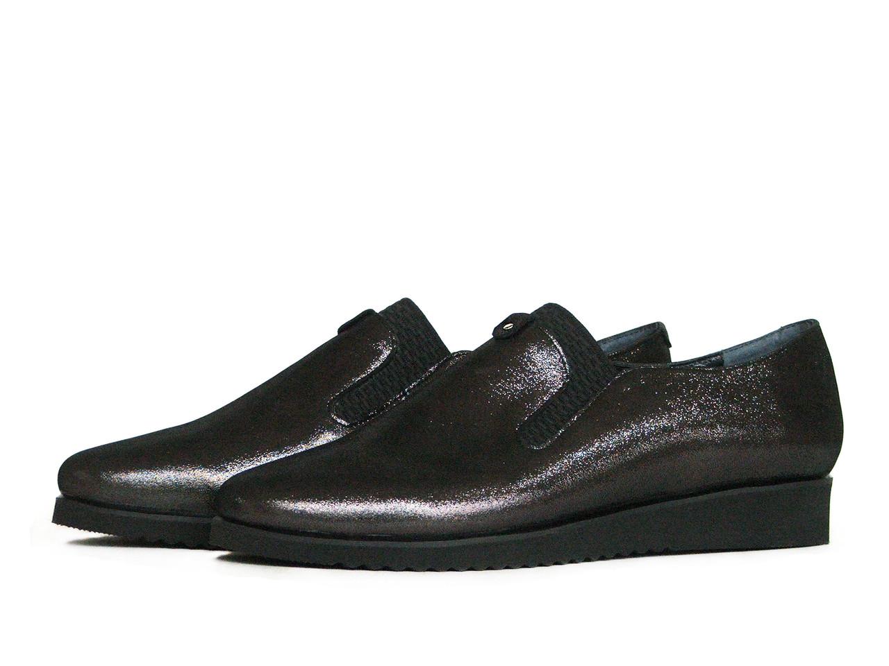Женские серые туфли с резинкой