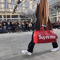 Дорожная сумка LV Supreme 48 см с плечевым ремнем коричневая