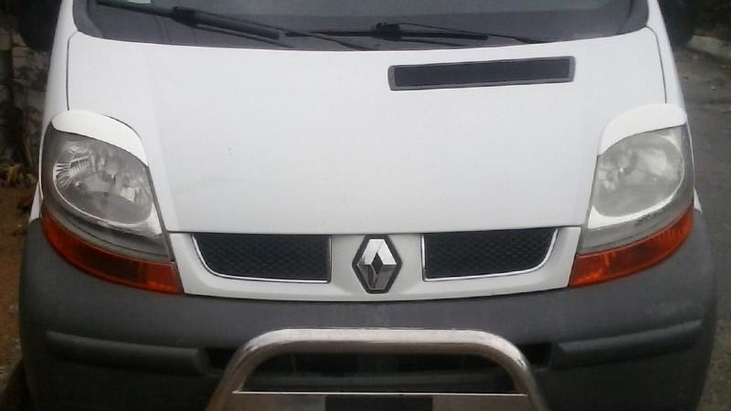 Реснички на фары Рено Трафик (Renault Trafic) 2001-2007 /комплект
