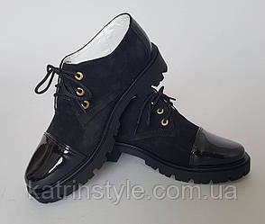 Туфли для девочек с лаковыми носками