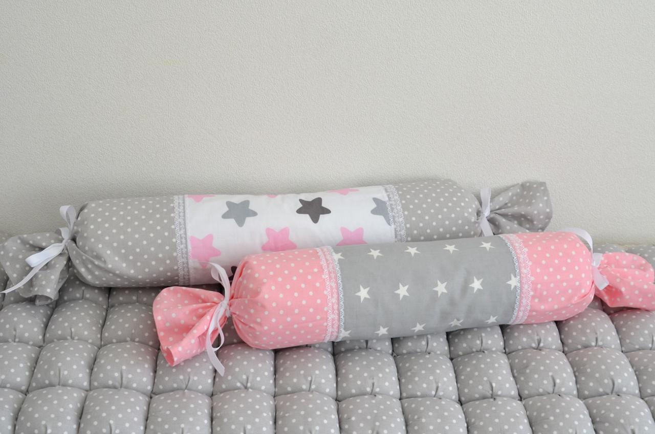 Захист в дитячу ліжечко, валик цукерочка.