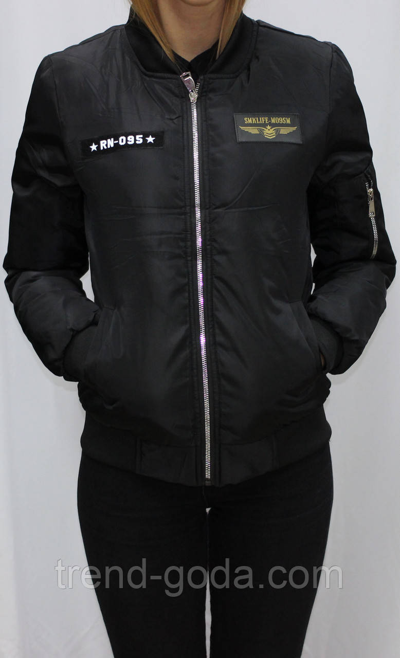 c27ba53e03d Куртка-бомбер с нашивками