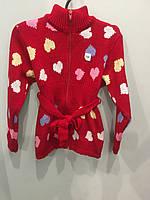 Вязанная кофта с сердечками для девочки