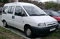 Заднее левое стекло на  Fiat Scudo/Peugeot Expert/Citroen Evasion с электрообогревом  (1996-2006)