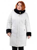 Эффектная модель женского демисезонного пальто-куртки