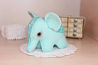 Миниатюрная игрушка слоник из фетра ручной работы мятного цвета, оригинальный подарок
