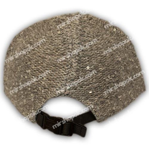 вязанная шапка с пайетками