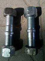 Шпилька колеса 2ПТС-4 левая (с гайкой) М18*1.5