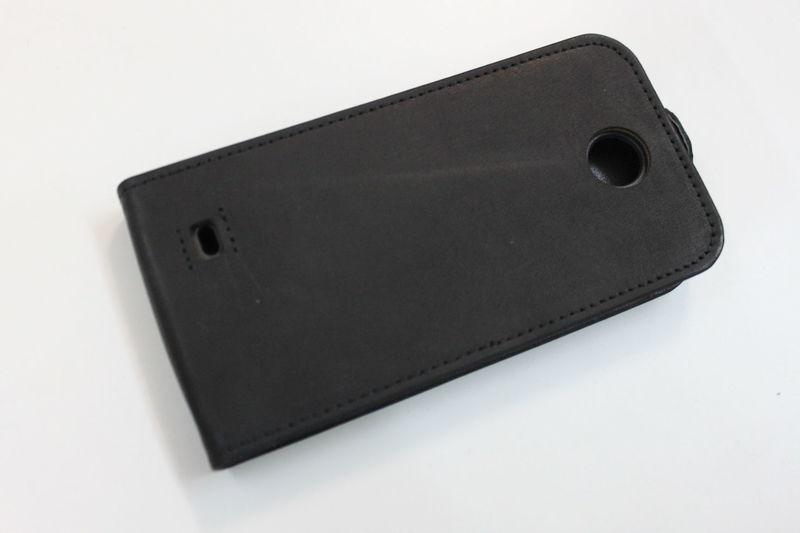 Кожаный чехол для HTC Desire 300