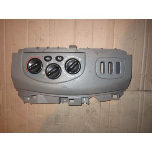 Блок управління пічкою (+АС) Renault Trafic, Opel Vivaro 2001-2013, 7701050316 (Б/У)