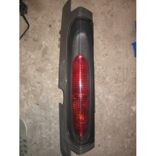 Ліхтар задній правий Renault Trafic, Opel Vivaro 2001-2006 (Б / У)