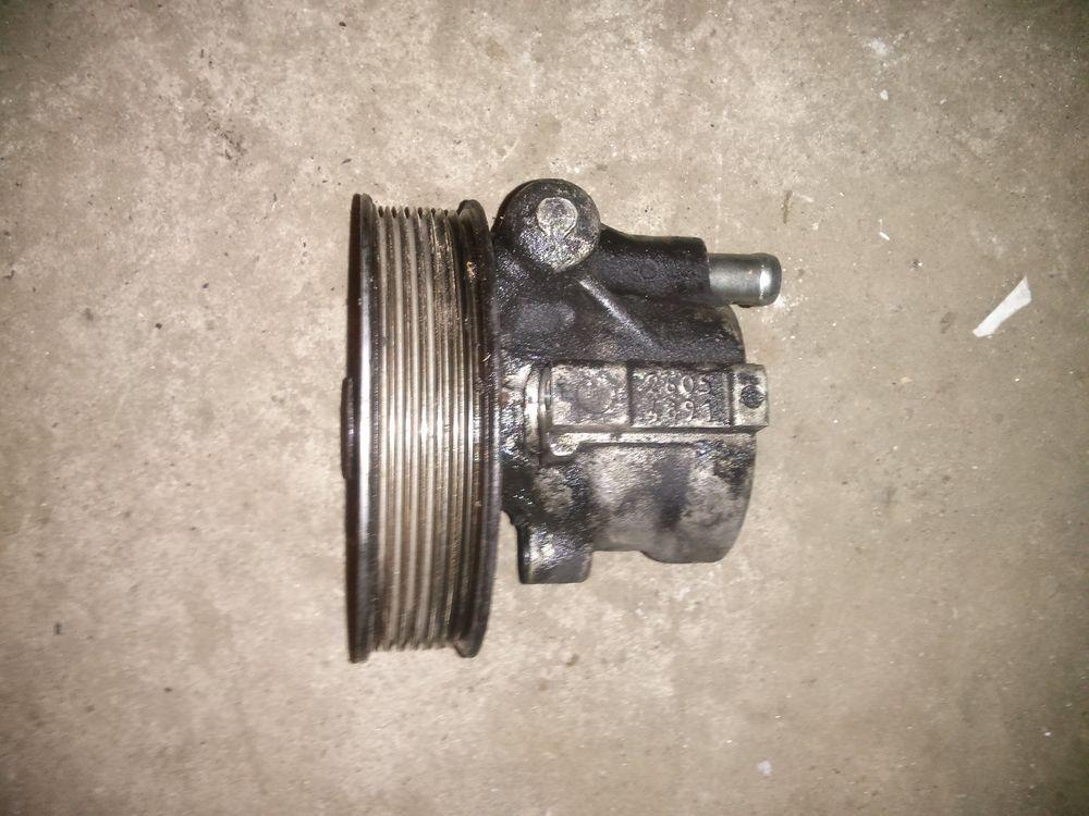 Насос гідропідсилювача керма БЕЗ ШКІВА (ГУР) Renault Trafic, Opel Vivaro 2.0, 2006> (Б / У)