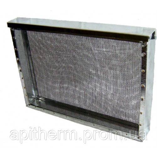 Изолятор сетчатый  стальной окрашенный порошковой краской на улей типа «Рута» на 1 рамку