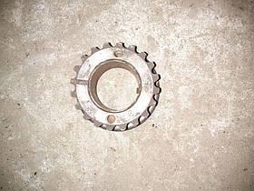 Шестерня коленвалу (зірочка) Renault Trafic, Opel Vivaro 1.9, 2001-2006, 7700100776 (Б/У)