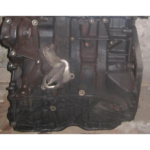 Блок цилиндров (комплектный) Renault Trafic, Opel Vivaro 2.0, 2006-2014 (Б/У)