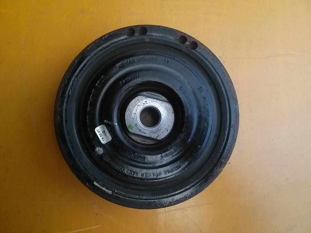 Шків колінчастого вала (7 руч. +АС) Renault Trafic, Opel Vivaro 2.0, 2006-2013 8200767762 (Б/У)