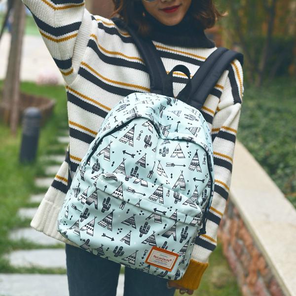 Модный рюкзак с рисунком Вигвамов