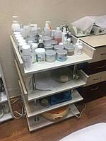 Парикмахерское оборудование: Косметологический стол №8 на колесиках