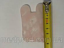 Скребок Гуаша розовый кварц прямоугольник с ушками