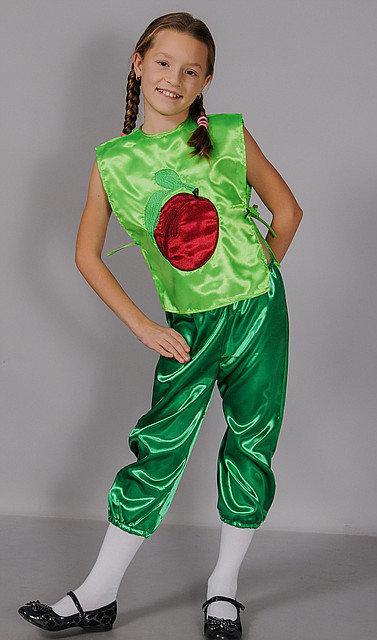 Яркий карнавальный костюм Слива