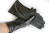 Удобные и теплые черные женские перчатки