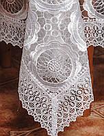 Ажурная белая скатерть на раскладной стол