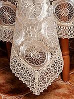 Ажурная шикарная скатерть цвета шампань на раскладной стол
