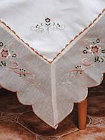 Скатерть с цветочной вышивкой и органзой но краю на большой стол