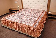 Покрывало с рюшами на двуспальную кровать