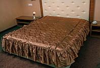 Атласное покрывало на кровать для спальни