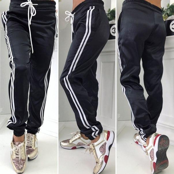1af6281cabe1 Женские черные спорт штаны с полосками -