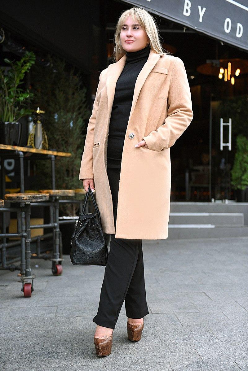 090f91b3737 Женское демисезонное пальто. Бежевое