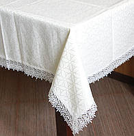 Скатерть (160*350) белого цвета с кружевом