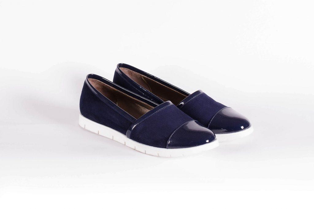 Синие замшевые туфли без каблука с лакированными вставками - СТИЛЕСИТИ в Киеве