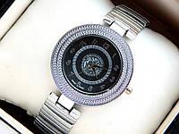 Женские кварцевые наручные часы Versace серебристые с орнаментом, фото 1