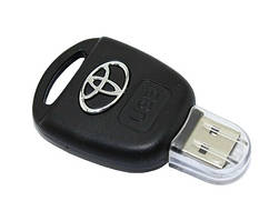 USB накопитель в виде брелка Тойота