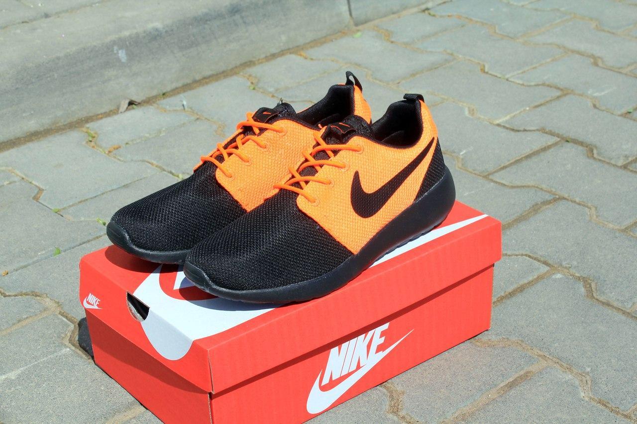 171fa986edc069 Чоловічі кросівки Nike Roshe Run чорно-оранжеві, цена 844 грн./пара ...