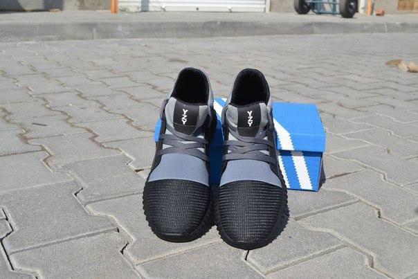 fd2a89d25003c1 Чоловічі кросівки Adidas YZY чорно-сірі