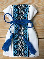 Мішечок для першого локона з широкою синьою вишивкою