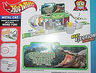 Трек паркинг Hot Wheels с машинками крокодилом и скорпионом