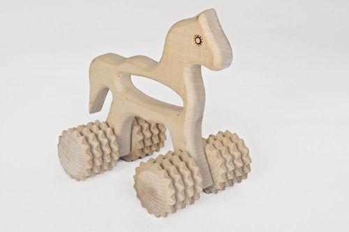 Деревянный ручной массажер «Лошадка»