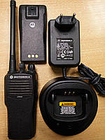 Рация портативная носимая Motorola CP040 БУ