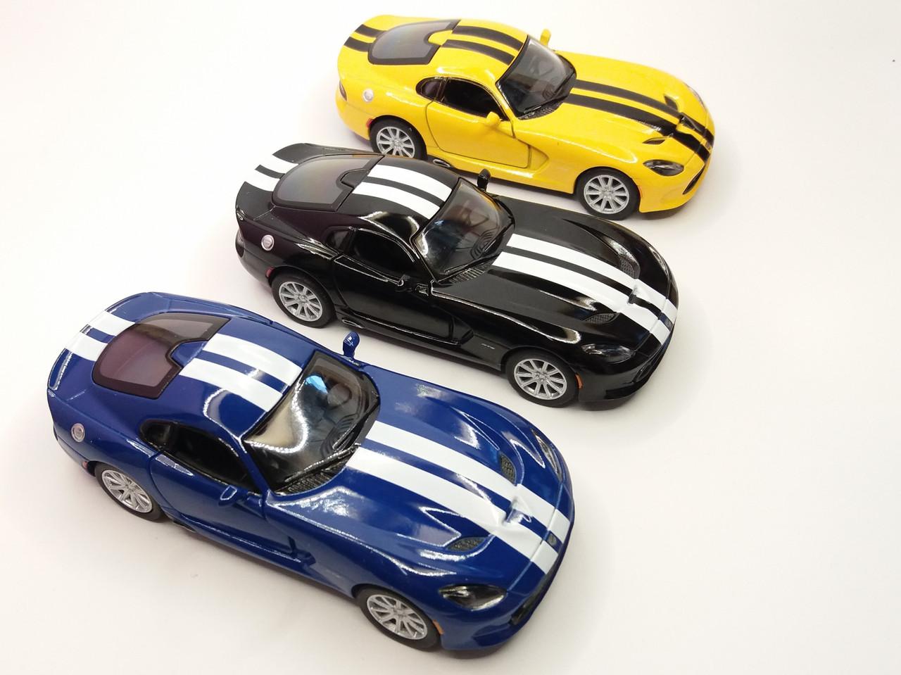 Автомобиль металлический KINSMART Dodge 2013 SRT Viper GTS (KT5363WF)