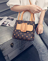 Сумка реплика Louis Vuitton с пряжкой