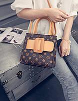 Сумка реплика Louis Vuitton с пряжкой